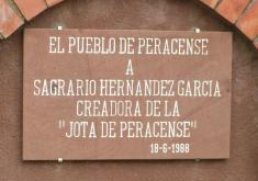 PERACENSE A DOÑA SAGRARIO HERNANDEZ GARCÍA. CREADORA DE LA JOTA DE PERACENSE