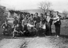 LOS TRES HERMANOS. CASTEJÓN DE TORNOS. CEDIDA POR EL CENTRO DE ESTUDIOS DEL JILO