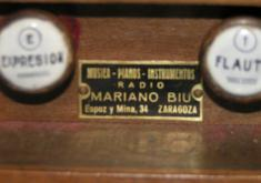 DETALLE DE MARIANO BIU. FABRICANTE DE INSTRUMENTOS EN ZARAGOZA